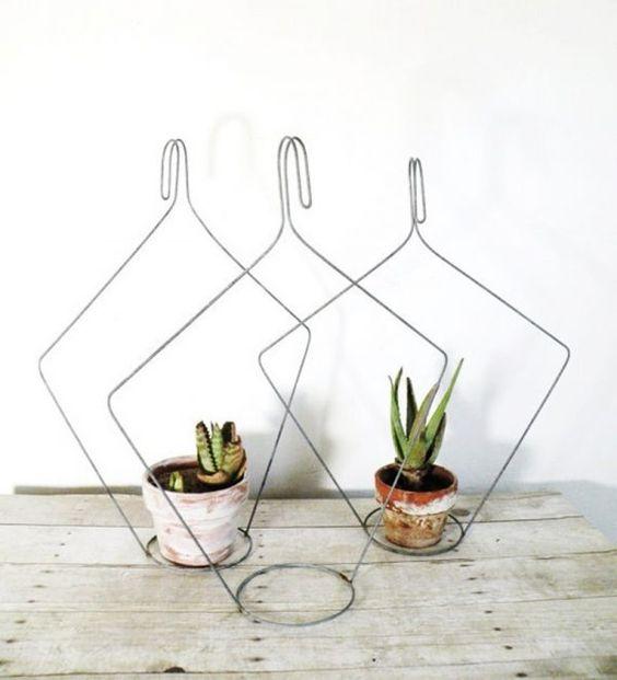 simphome coat hanger planter