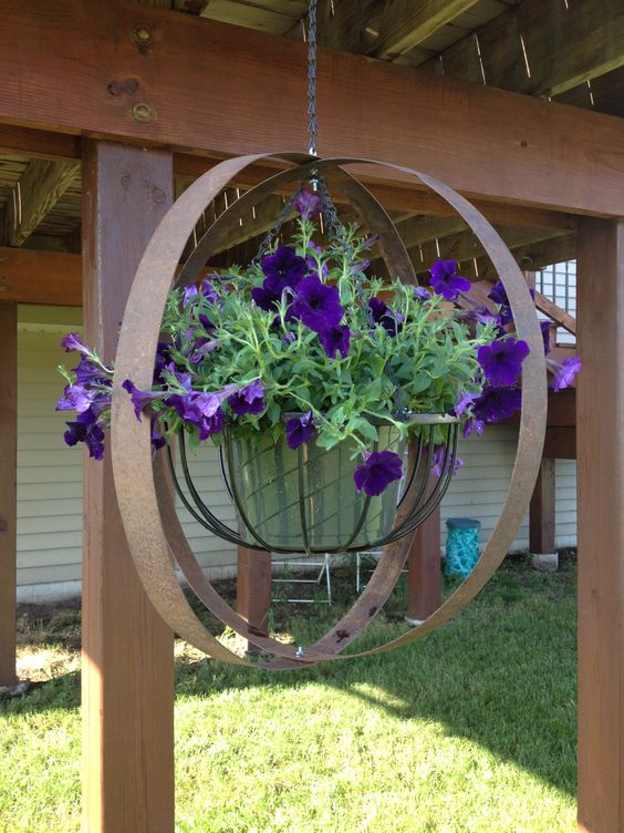 simphome metal planter