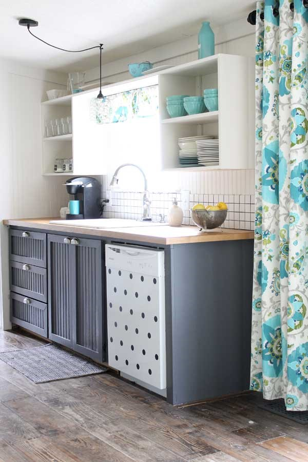 1 Small Kitchen Makeover on A Budget Simphome com