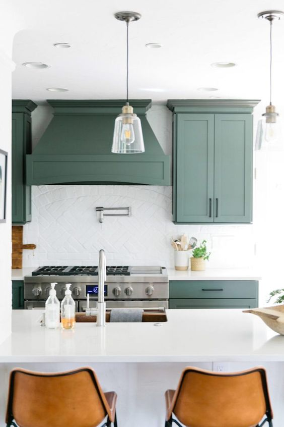 192 2018 Trend Update Green Kitchens BECKI OWENS via Simphome
