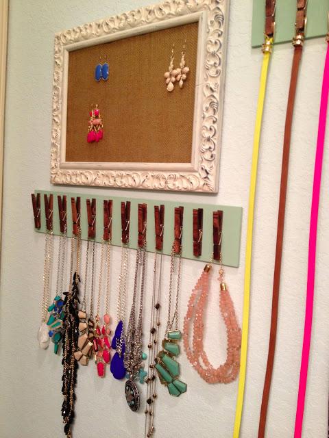 8 Display Your Jewelry via Simphome