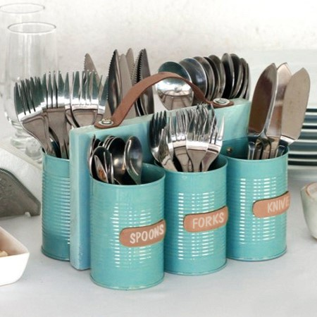 10. A Utensil Holder Made of Old Cans via Simphome