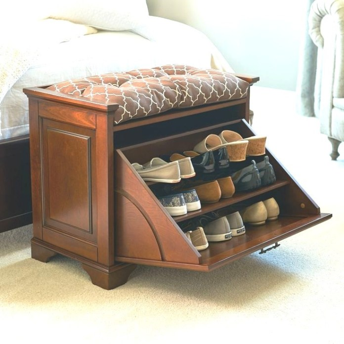 9. Pull Out Shoe Bench via Simphome