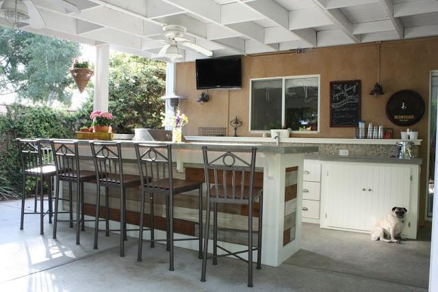 8. Fun Outside Kitchenette in the Patio via Simphome
