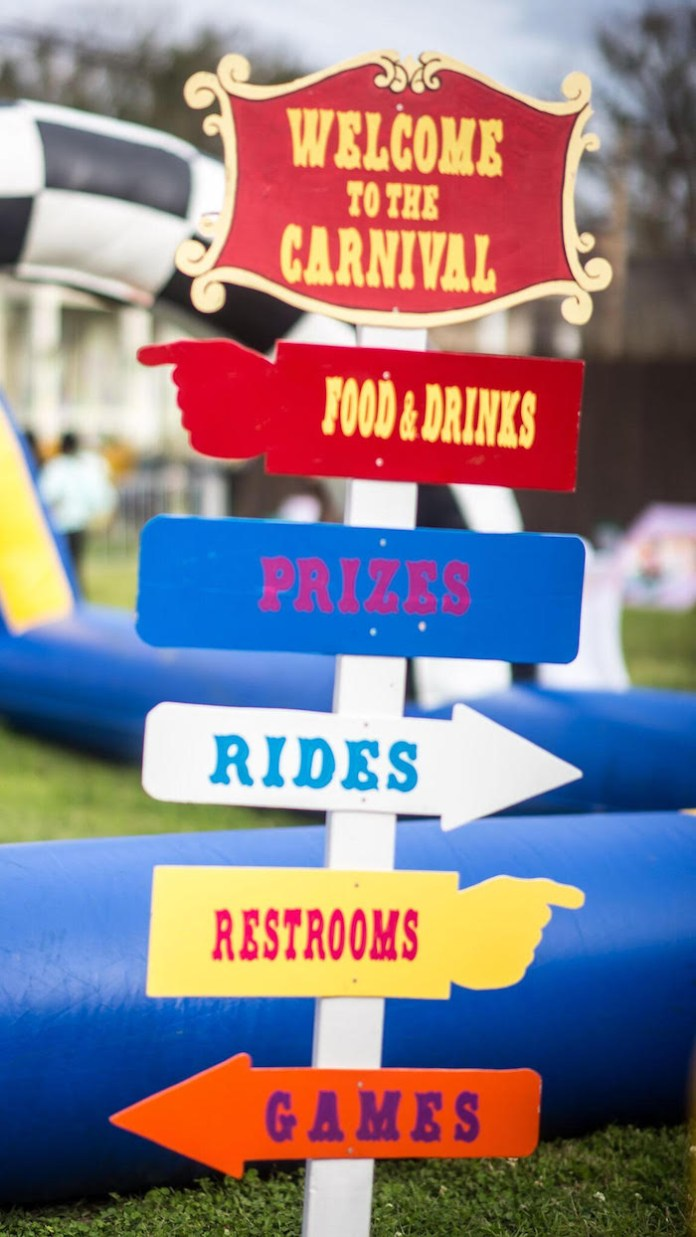 22.karas party ideas backyard carnival birthday party via SIMPHOME.COM