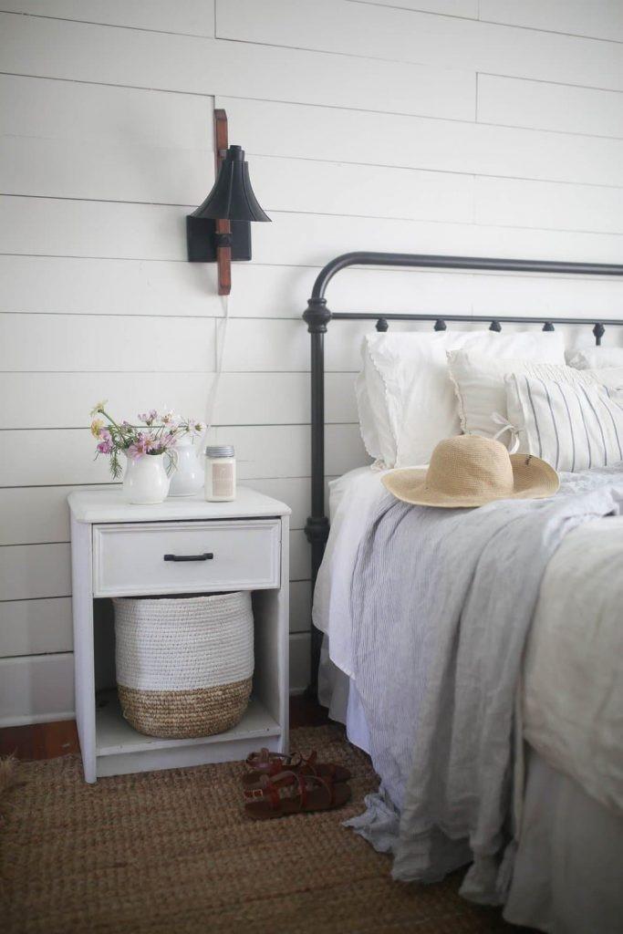 3. A Cozy Bedroom via Simphome
