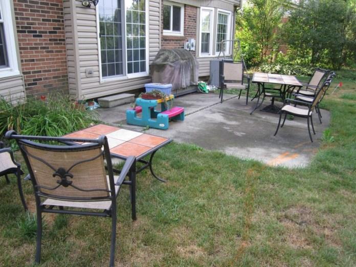 13.SIMPHOME.COM marvelous concrete patio ideas for small backyards