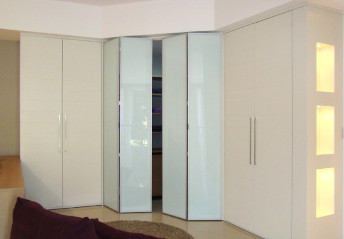 14.SIMPHOME.COM wood sliding closet doors for modern bedrooms