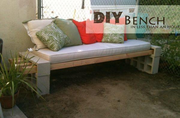 7.SIMPHOME.COM Concrete Block Bench