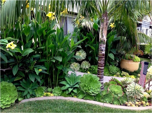 2. SIMPHOME.COM Tropical Retreat
