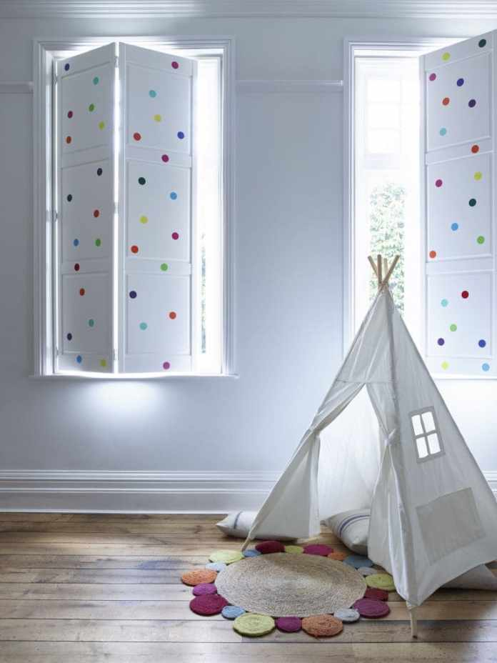 6.Simphome.com Shutters for Your Kid's Bedroom
