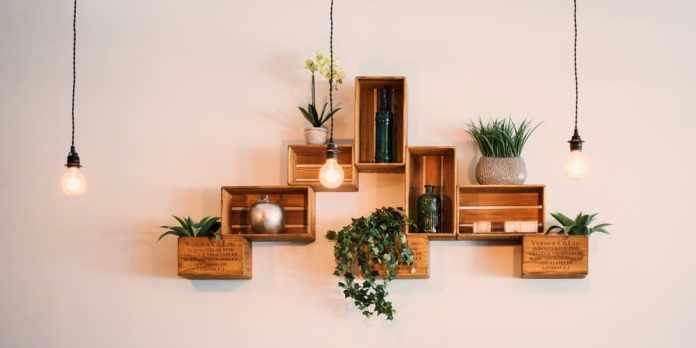 7.Simphome.com Go with Floating Shelves