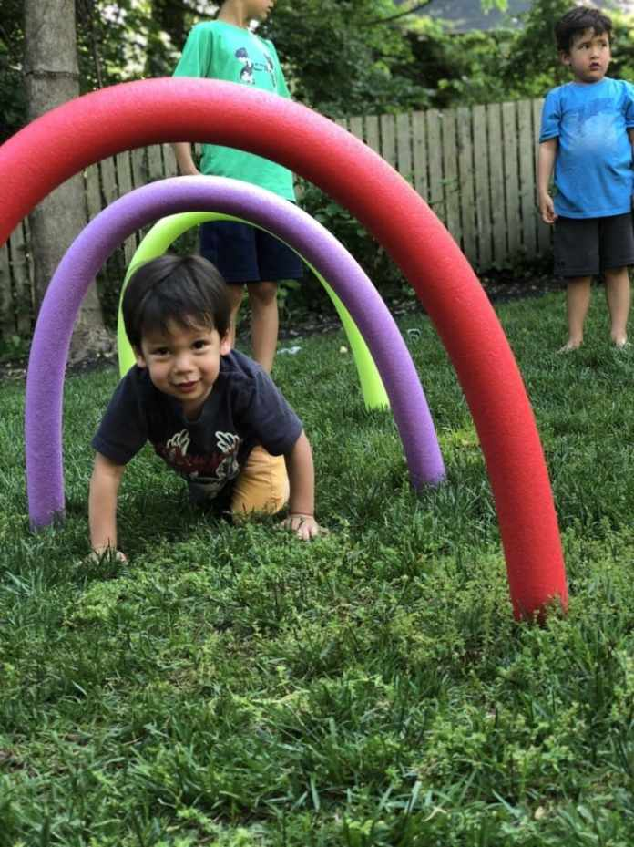 9.Pool Noodle Obstacle Ideas by Simphome.com 2
