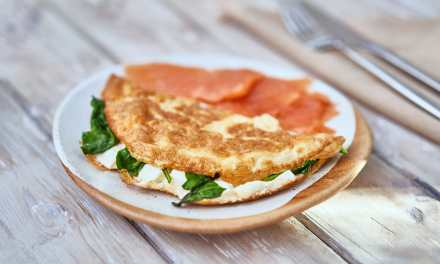 Feta Cheese and Spinach Omelette