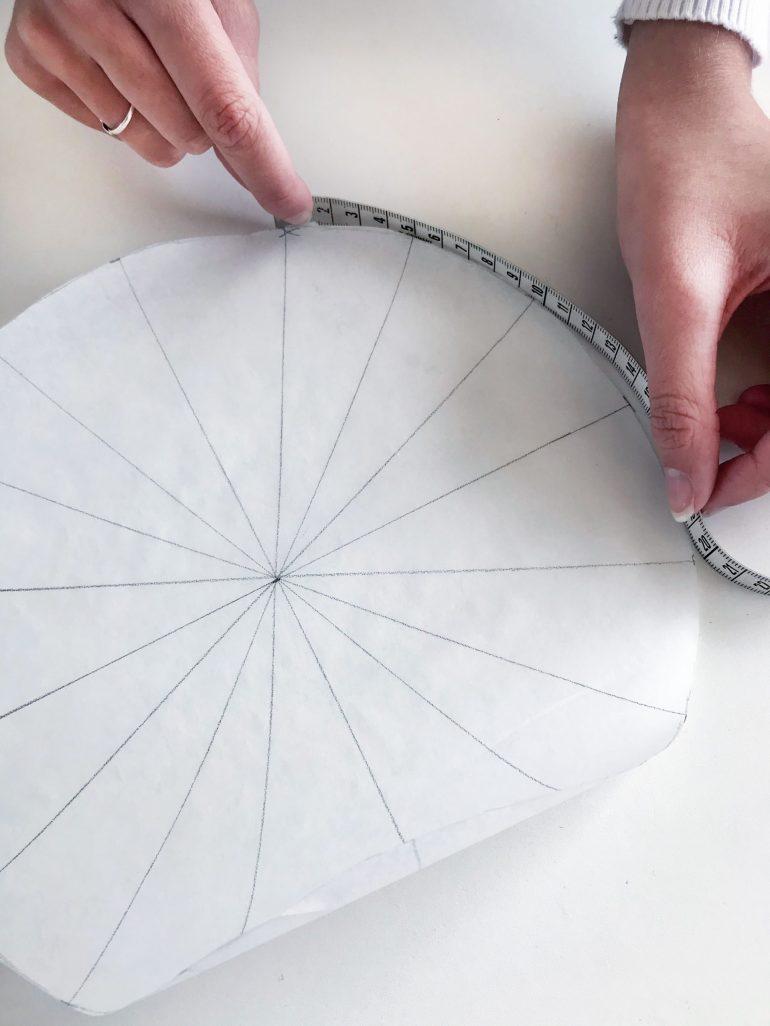 measuring circle pattern yoga bolster