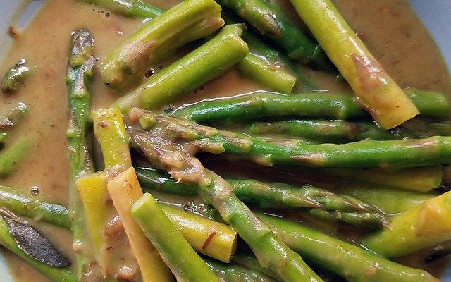 Thai Curry Asparagus