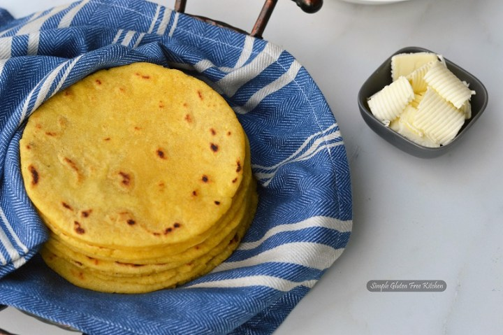 RED Dough Kneader Atta Maker for Roti //Chapati//Tortilla with Free Measuring Cups