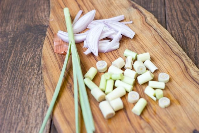 lemongrass and onion