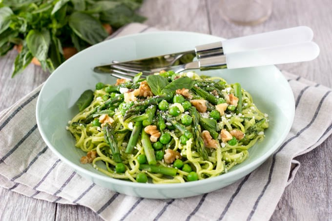 avocado pesto and zucchini noodles with asparagus- simplehealthykitchen.com-038