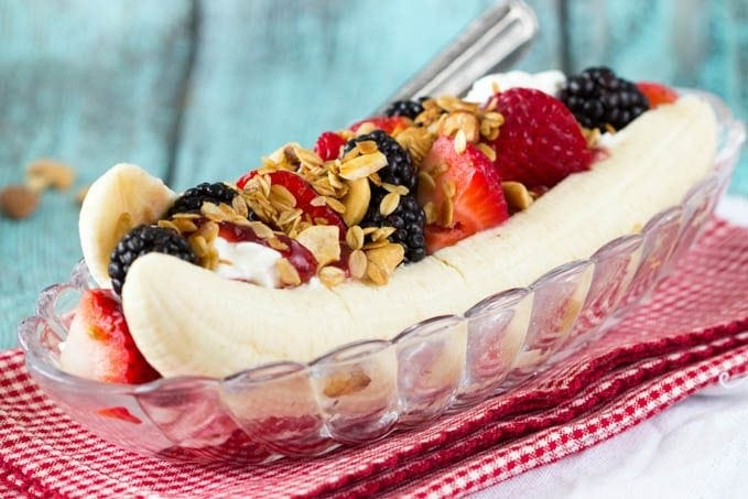 healthy-breakfast -banana -split.jpg