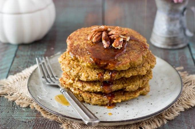 pumpkin-spice-quinoa pancakes 1