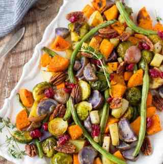 Super Easy Roasted Winter Vegetables- Fancy enough to serve as part of your Holiday meals. Easy enough to make any day! {vegetarian, vegan,GF, clean- eating}