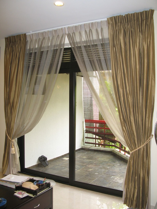 30 Beautiful New Curtain Ideas For Rooms on Draping Curtains Ideas  id=74780