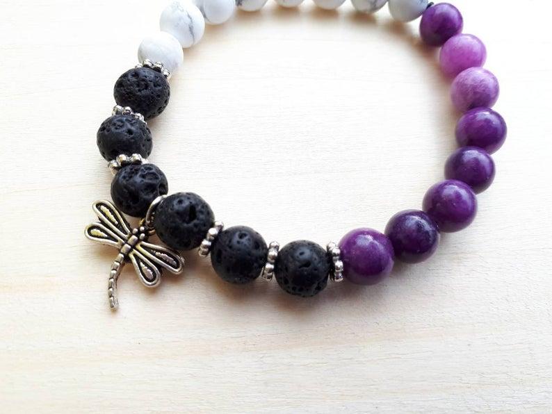 Bracelets avec pierres semi-précieuses et pierres de lave