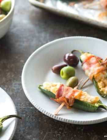 SIMPLE Bacon Wrapped Jalapeno Poppers