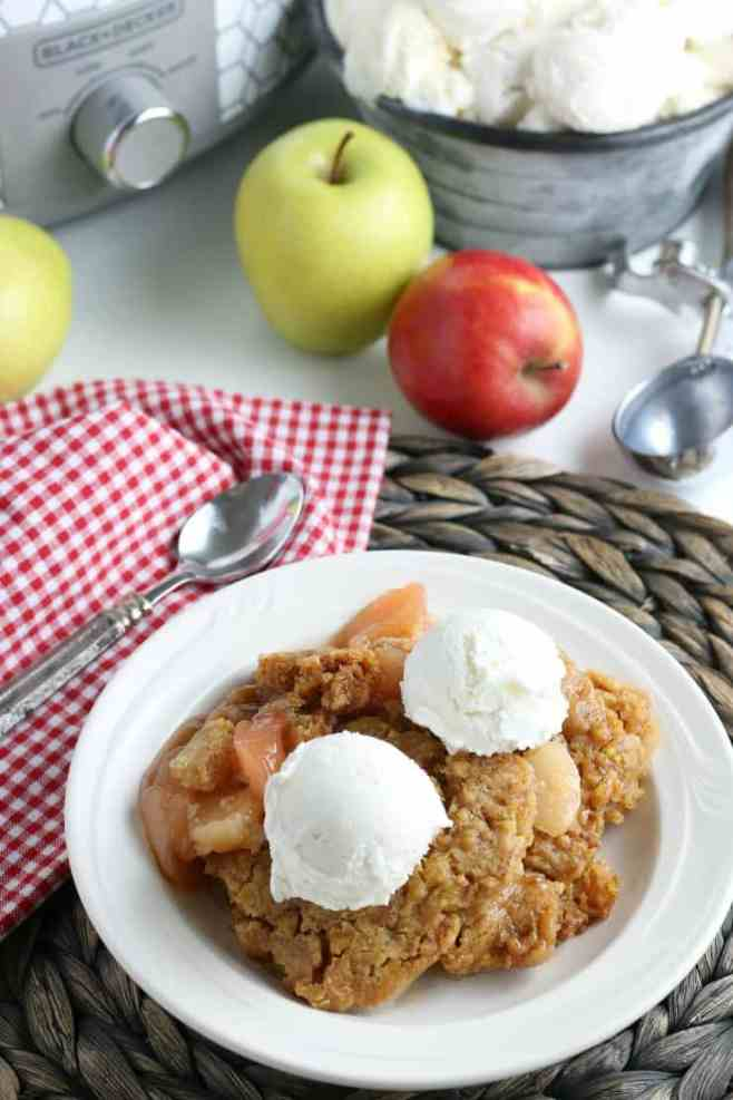 SIMPLE Crockpot Apple Cobbler made with simple ingredients like a dump cake