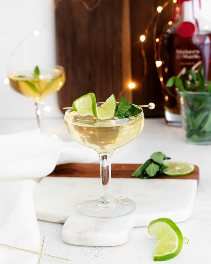 SIMPLE Champagne Mint Julep