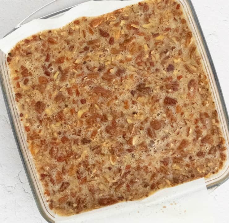 How to make a SIMPLE Pecan Pie Bar with a shortbread crust for the holidays