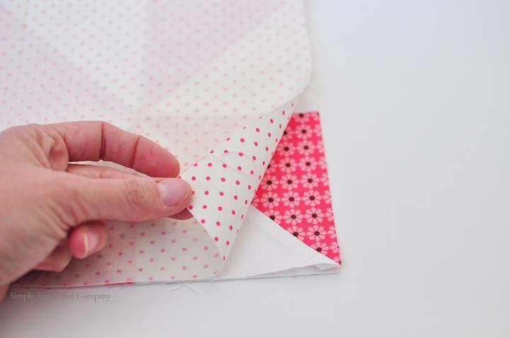 Quilt block pocket tutorial facings