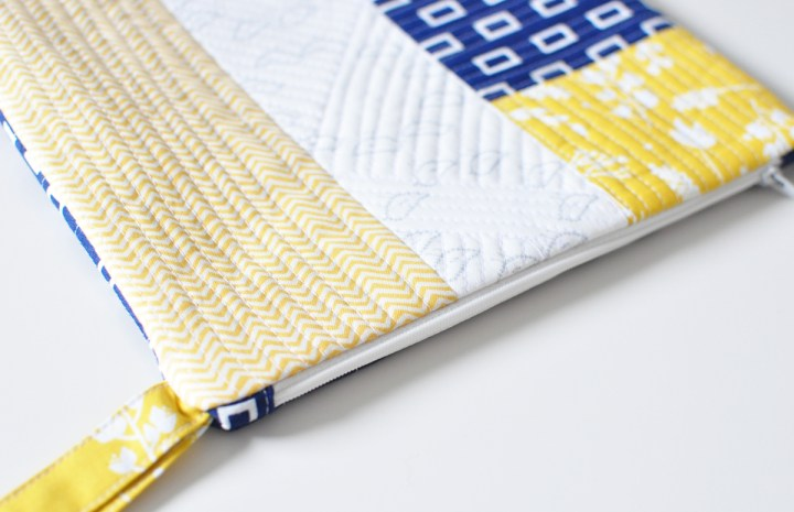 quilted zipper pouch with tutorial!