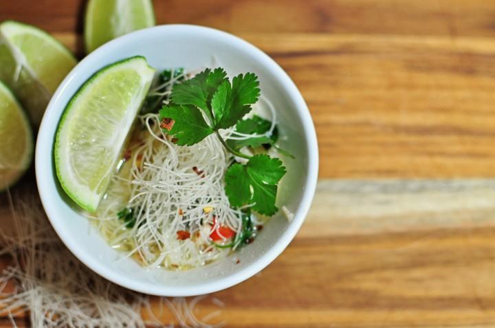 thai-chicken-noodle-soup-720x478