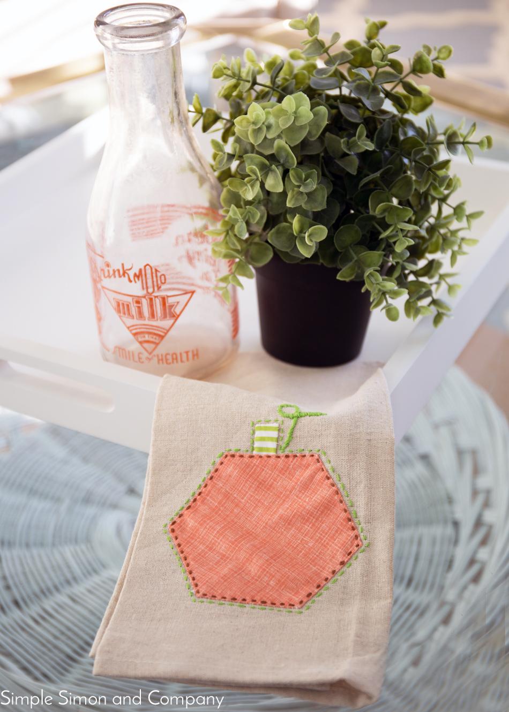 hexagon pumpkin towel
