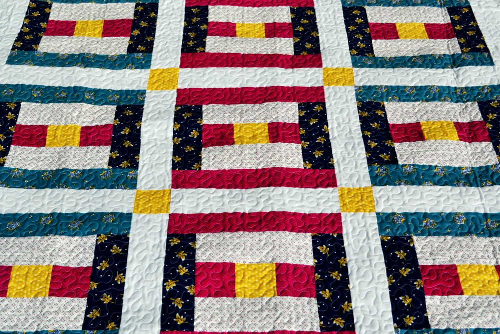 Courthouse Steps Entire Quilt