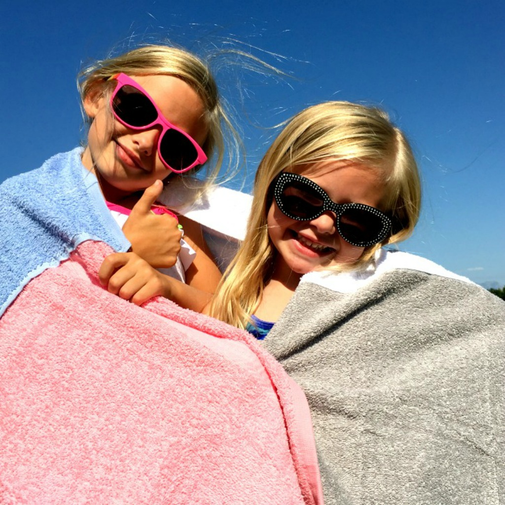 $4 Pool Towel with girls 1