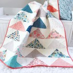 Minimal Triangles Quilt Pattern