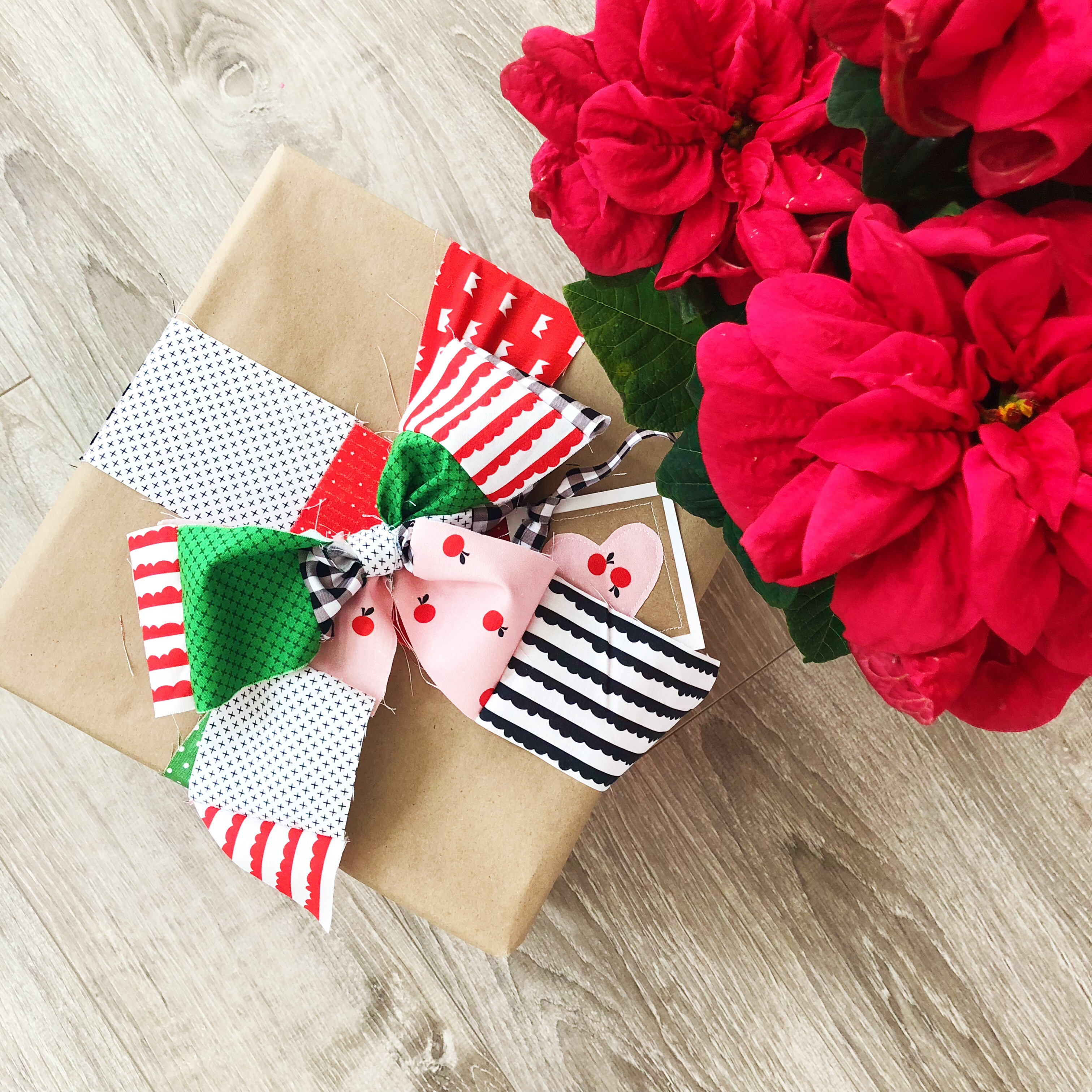 Christmas Fabric 2019.Christmas In July 2019 Week 1 Using Fabric Scraps To Make