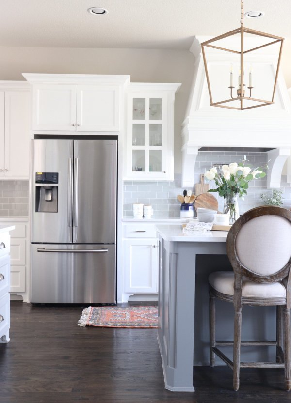 HOW I REPAINTED OUR KITCHEN CABINETS