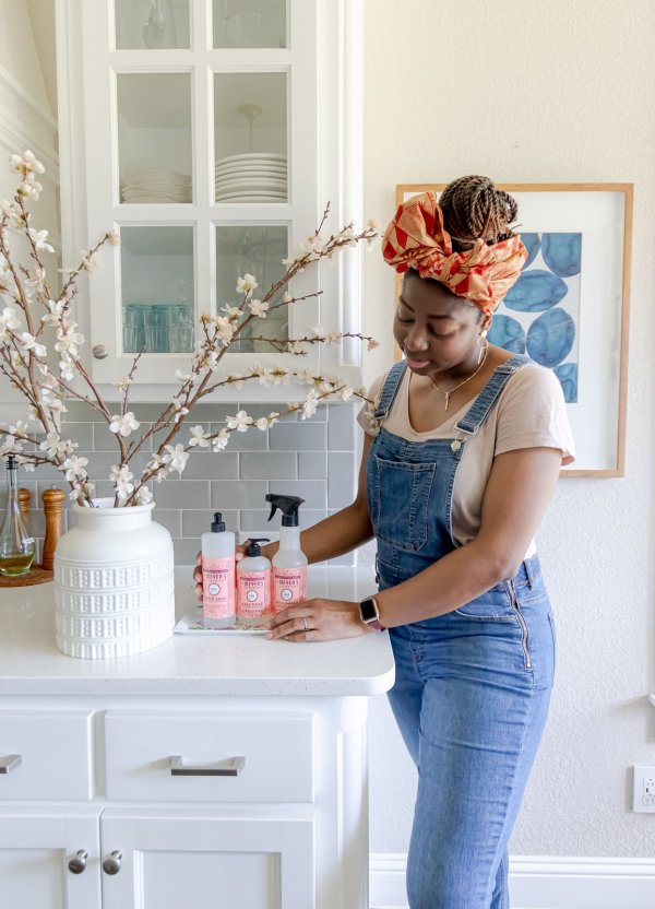 7 Easy Ways You Can Refresh Your Home For Spring
