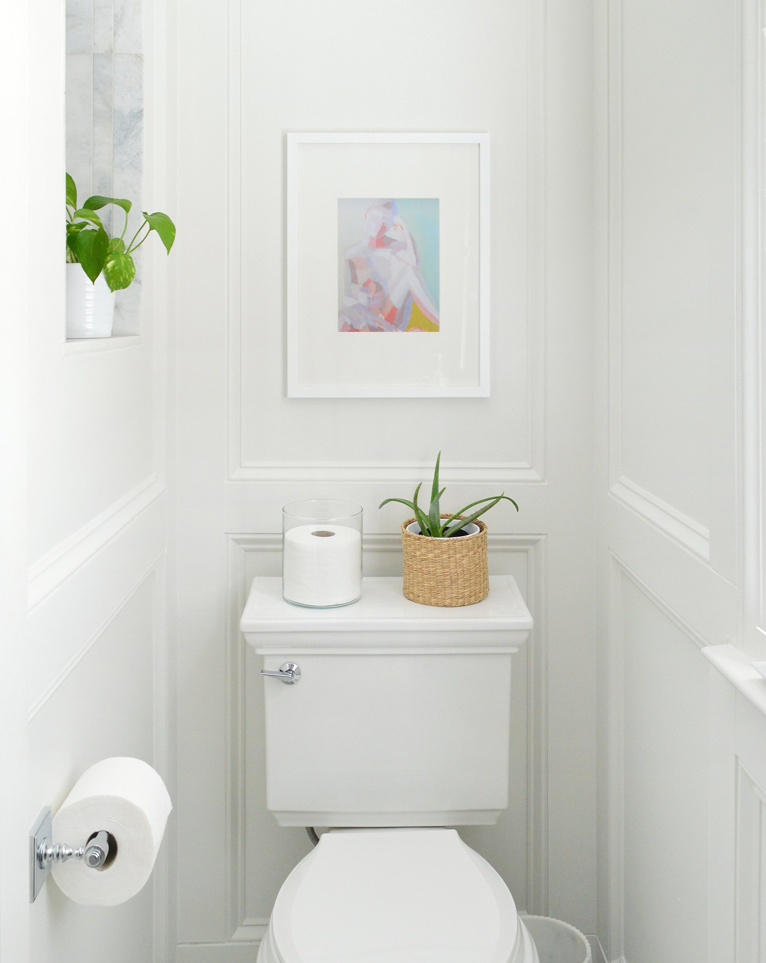 toilet nook details in bathroom