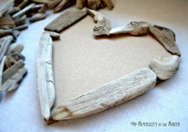How to make a driftwood heart.