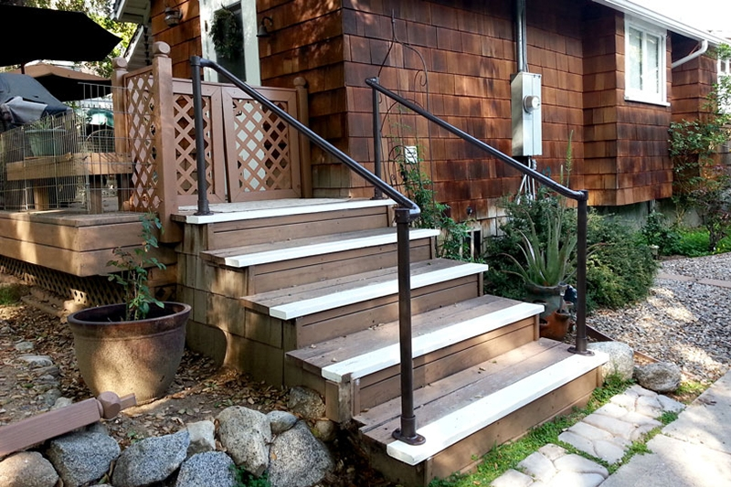 45 Porch Railing Ideas You Can Build Yourself | Outdoor Stairs Near Me