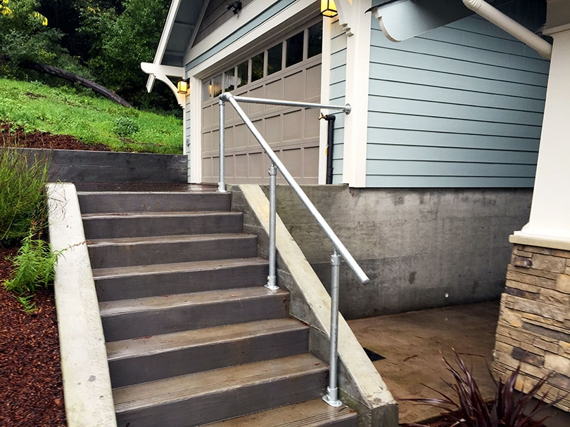 13 Outdoor Stair Railing Ideas That You Can Build Yourself | Craftsman Style Exterior Stair Railings | Step | Black Iron | Fence | Craftsman House | Outdoor