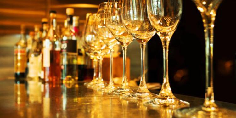 liquor-on-bar