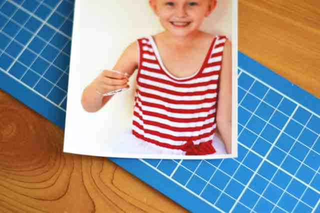 DIY Christmas Postcards With Photos