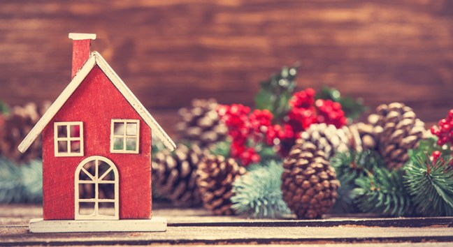 Why You Shouldn't Take Your House Off the Market During the Holidays | Simplifying The Market