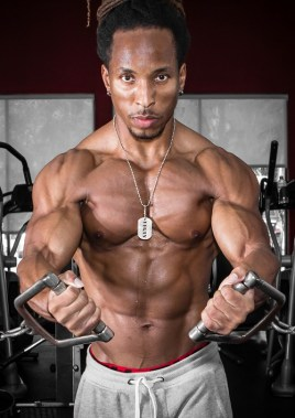 a picture of a man doing the cable fly chest exercise who is running a Ostarine cycle